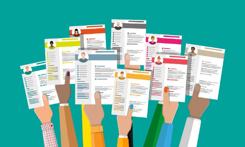 Dozens of people try to create the ATS-compatible resumes daily